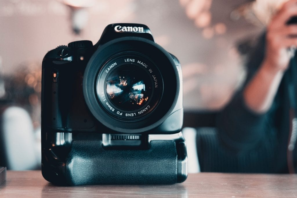 Guide To Picking The Best Vlogging Camera